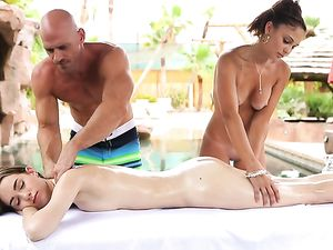 Couple Massages A Sexy Girl And Fucks Her Poolside