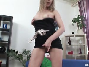 Perky B Cup Tits Babe Fucks Her Gash With Big Toys