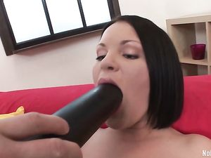 Her First Double Anal Penetration Stretches Her Out