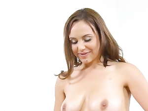 Natural Boobs Babe Enjoys Giving A Titjob To Her Lover