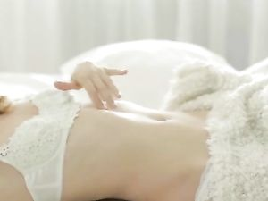 Sexy Solo Girl Explores The Joys Of Anal Toy Play