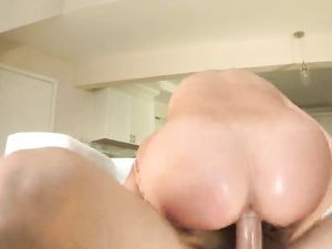 Blowjob And Cunt Filling With A Brunette Princess
