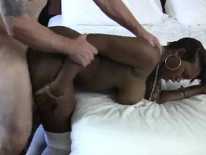 Curvaceous Ebony Girl Makes Her First Porn Movie