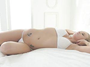 Cute Young Bailey Brookes Enjoys Big Cock Sex