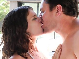 Hot Massage Of The Bikini Girl Gets Him Laid