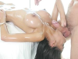 Skinny Hottie On His Massage Table Fucked Hard