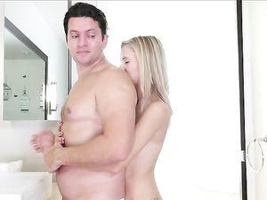 Cock Worshiping Blonde Teen GF Rides His Thickess