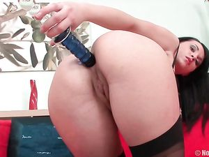 Tease In Seamed Stockings Gives Up Her Asshole